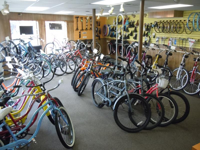 main floor at Prom Bike Shop; cruisers; comfort bikes; accessories