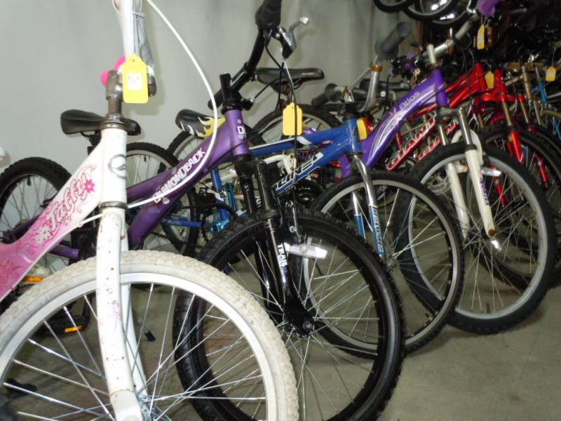 20 inch and 24 inch wheel kids bikes